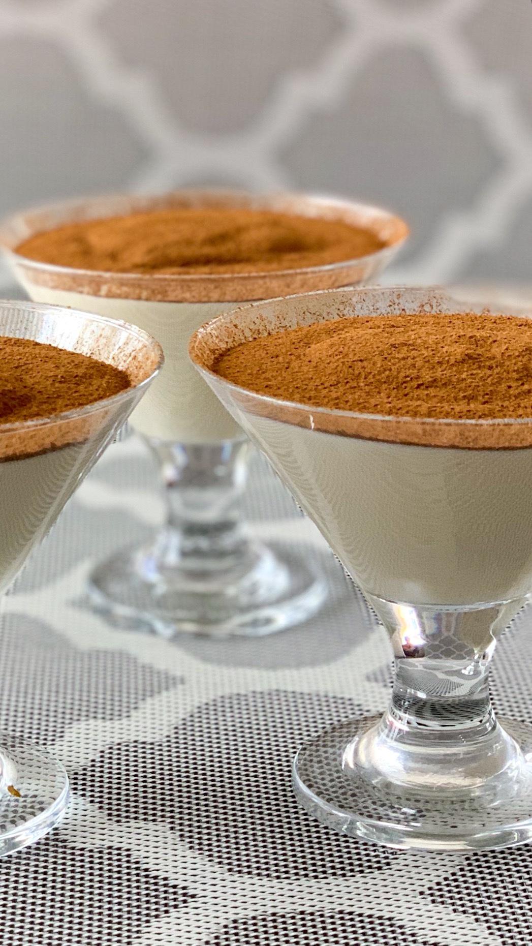 Mandelmlich Pudding